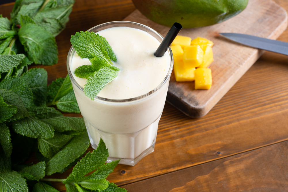 indian beverage mango protein lassi