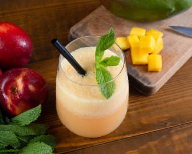 peach smoothie with mango and mint